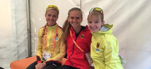Laura Hottenrott, Fabienne Amrhein, Katharina Heinig vor dem Start des Marathons bei der EM in Berlin