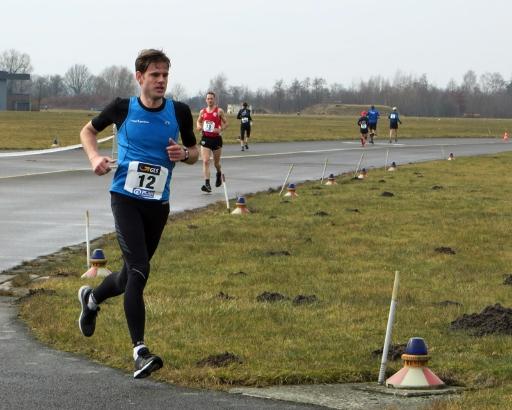 Gerrit in the lead at km 75